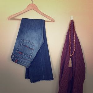 7FOM low rise flare jeans. Size 29.